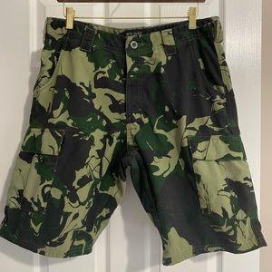 Men's cargo camo shorts
